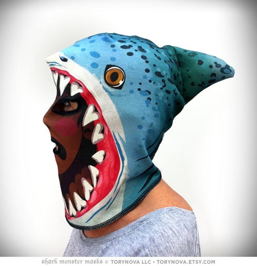 torynova-monstermask-sharkattack2010